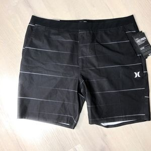 "Hurley Shorts - Hurley Men's 18.5"" Hybrid Shorts Black  XXLarge"